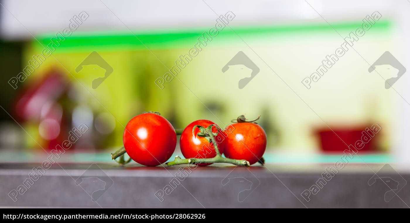 branch, of, tomatoes - 28062926