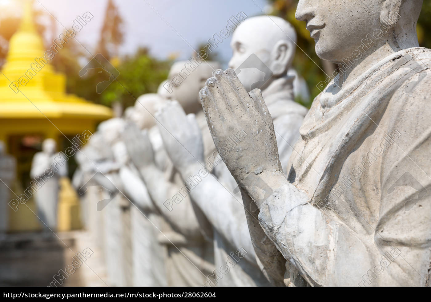buddha, statues, in, a, temple, on - 28062604