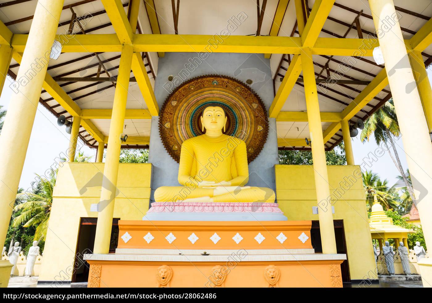 buddha, temple, on, sri, lanka, , ceylon - 28062486