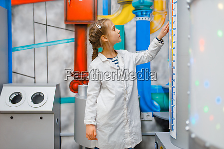 child, in, uniform, playing, doctor, , laboratory - 28062308