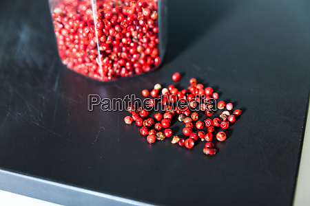 dried, red, berries - 28062938