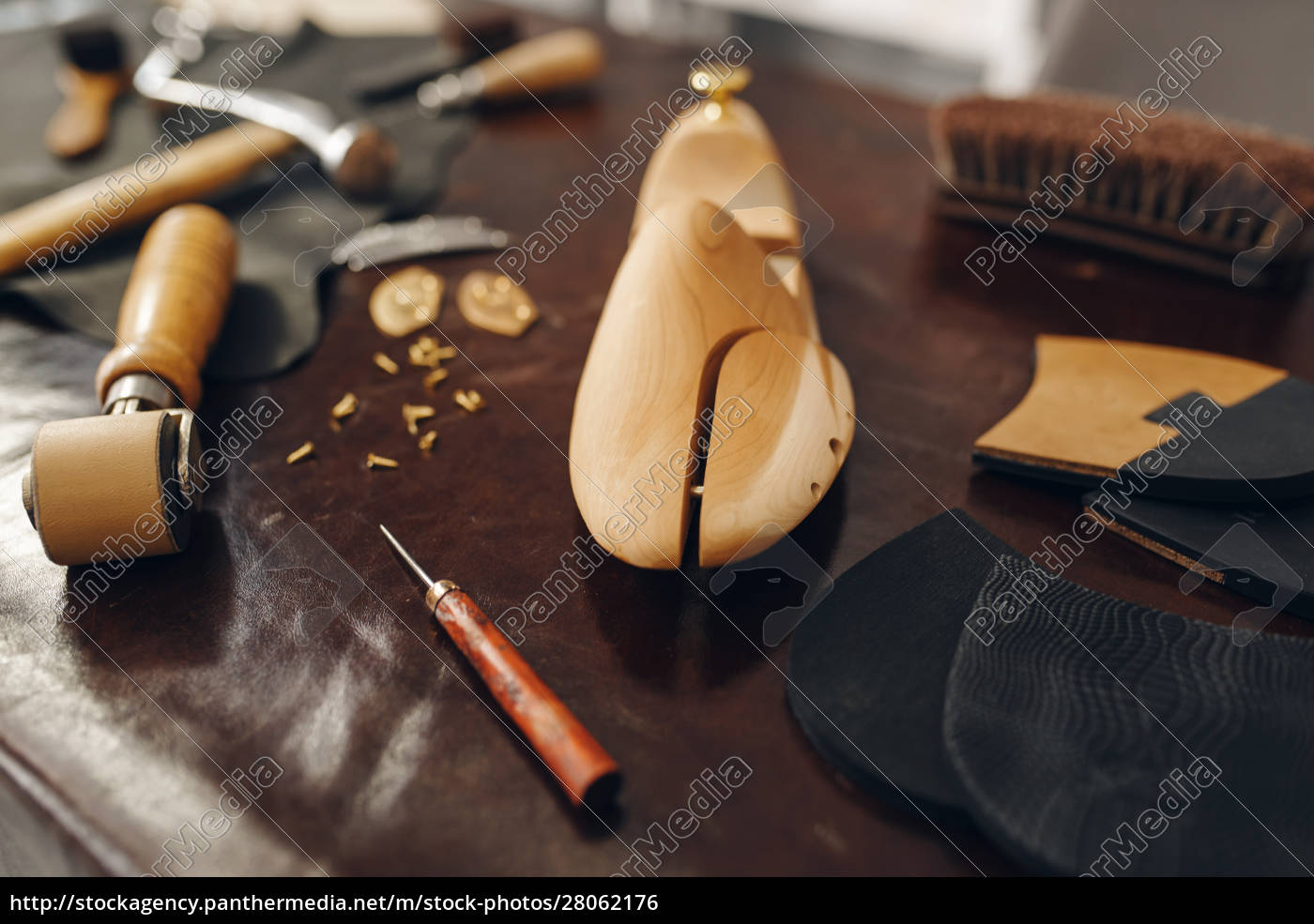shoemaker, tools, , footwear, repair, service, , nobody - 28062176