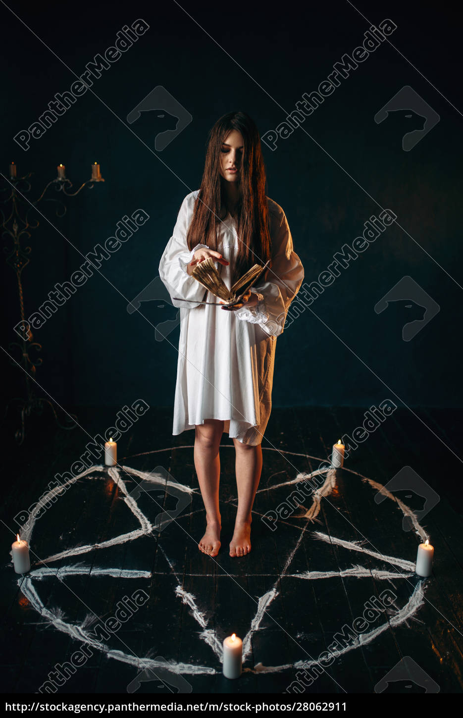 woman, standing, in, pentagram, circle, and - 28062911