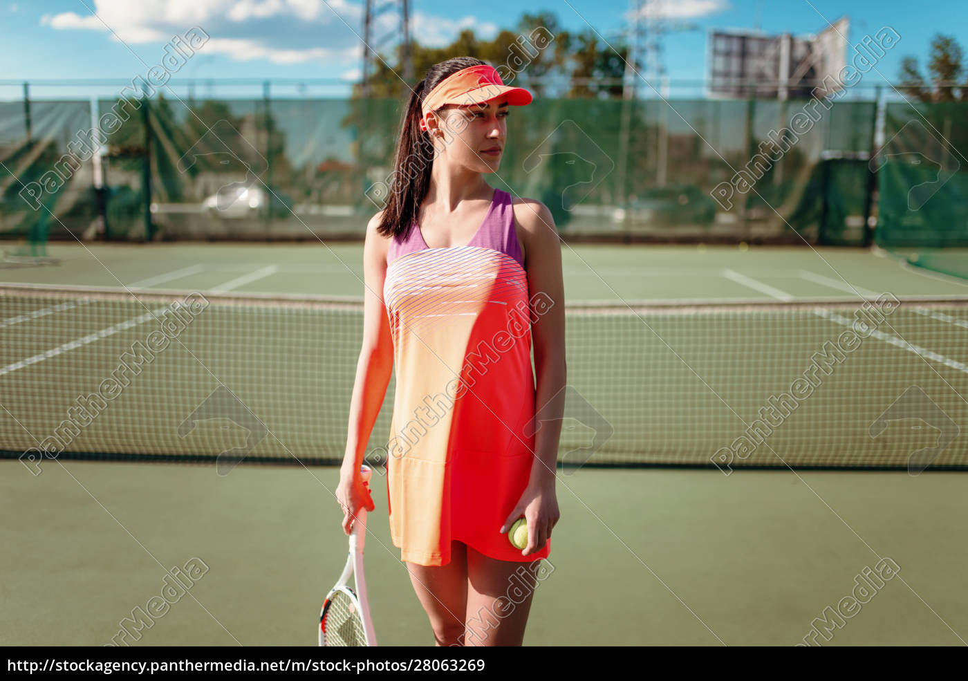 attractive, female, tennis, player, on, outdoor - 28063269