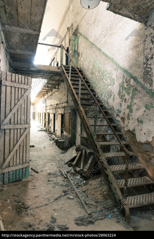 old, prison, corridor - 28063224