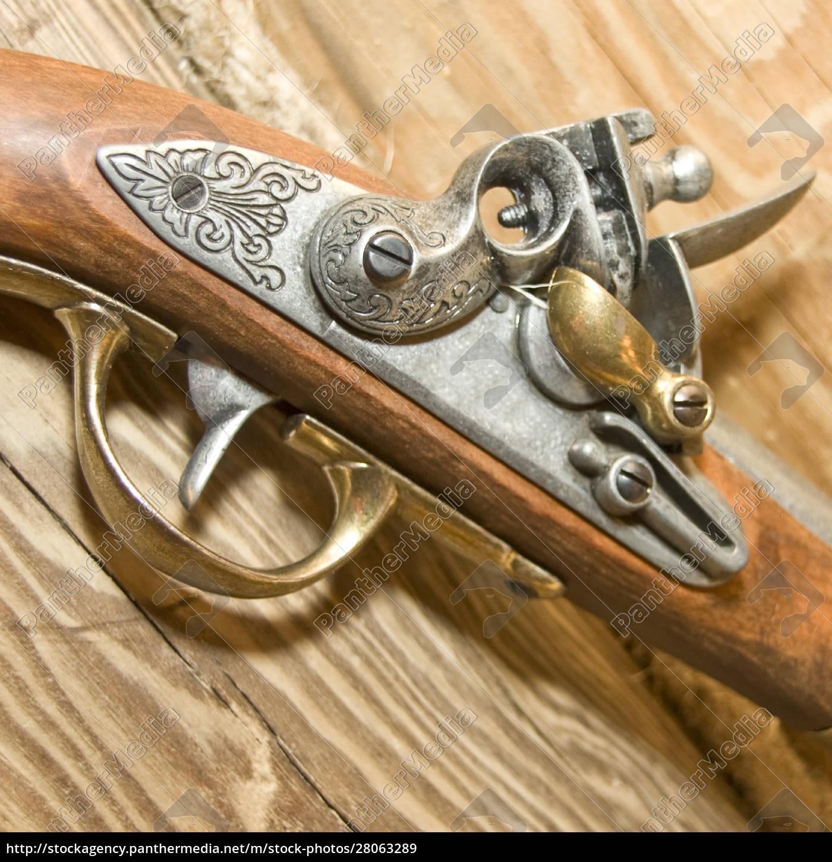 retro, wood, pistole - 28063289