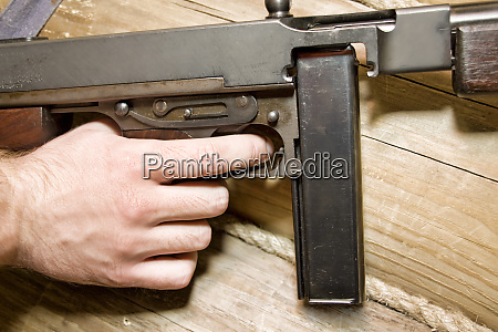 thompson, gun., ready, for, fight - 28063171