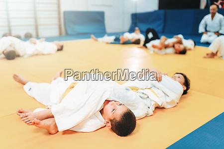 kid judo fight training martial art