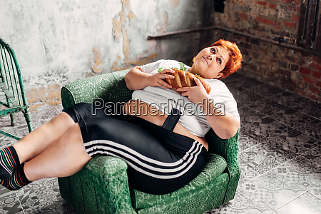overweight woman with sandwich bulimic obesity