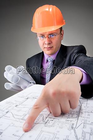 pensive contractor