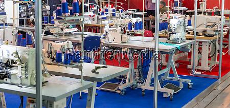 sewing factory nobody overlock machines