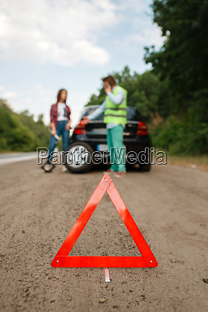 emergency stop sign flat tyre punctured