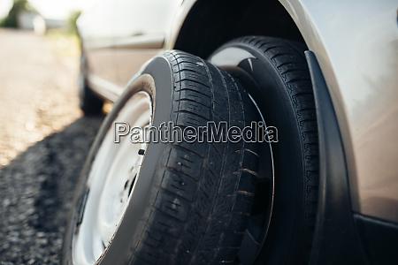 broken, car, concept, , spare, wheel, replacement - 28082368