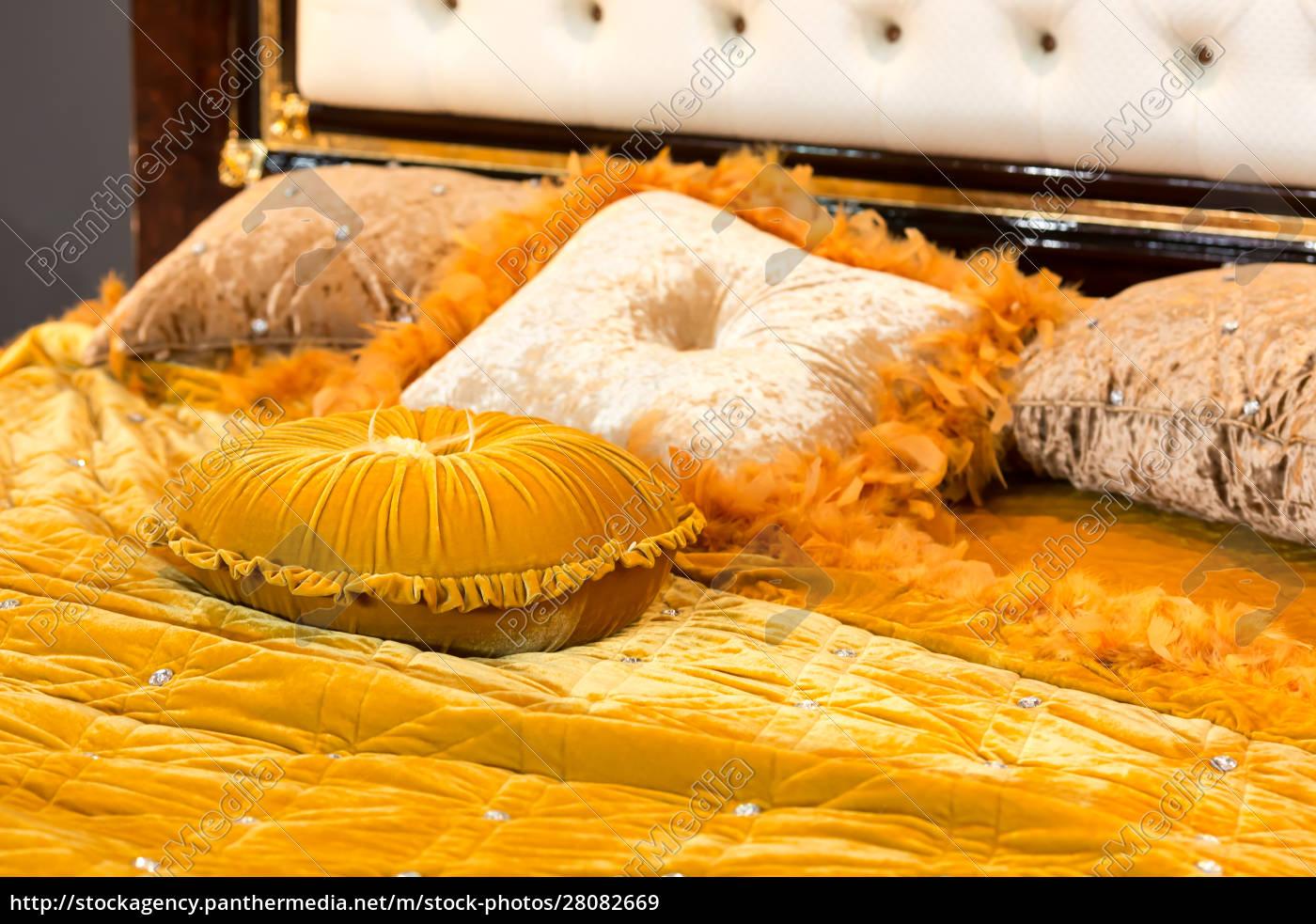 luxury, bed - 28082669