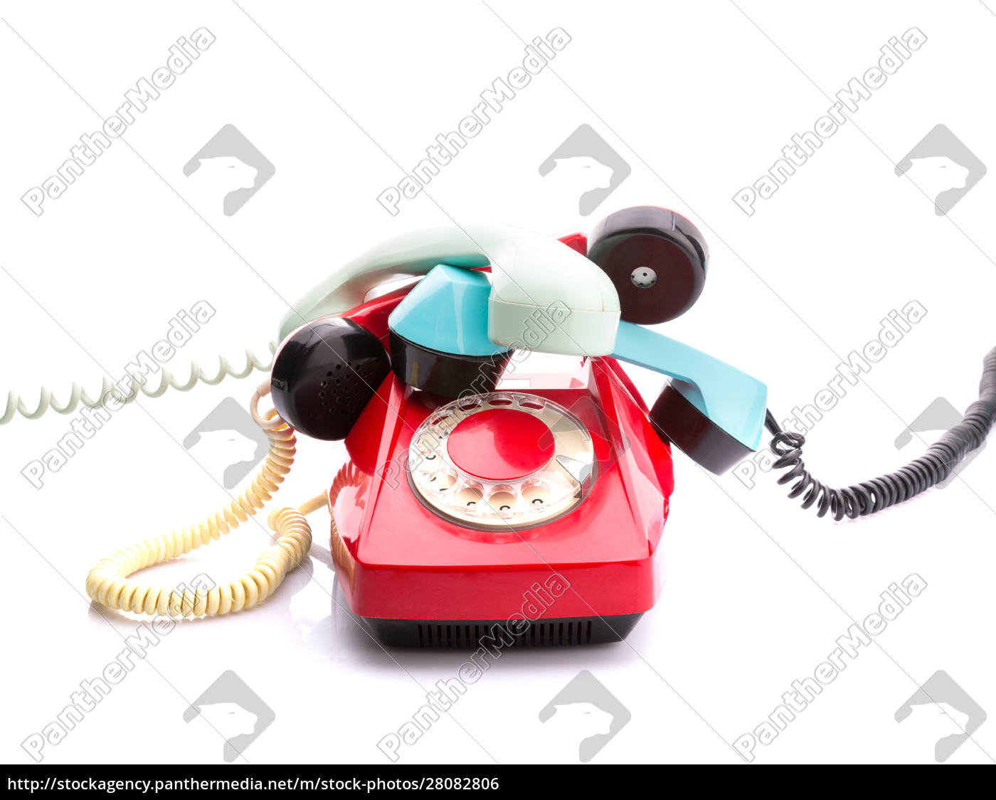 red, telephone, on, white - 28082806