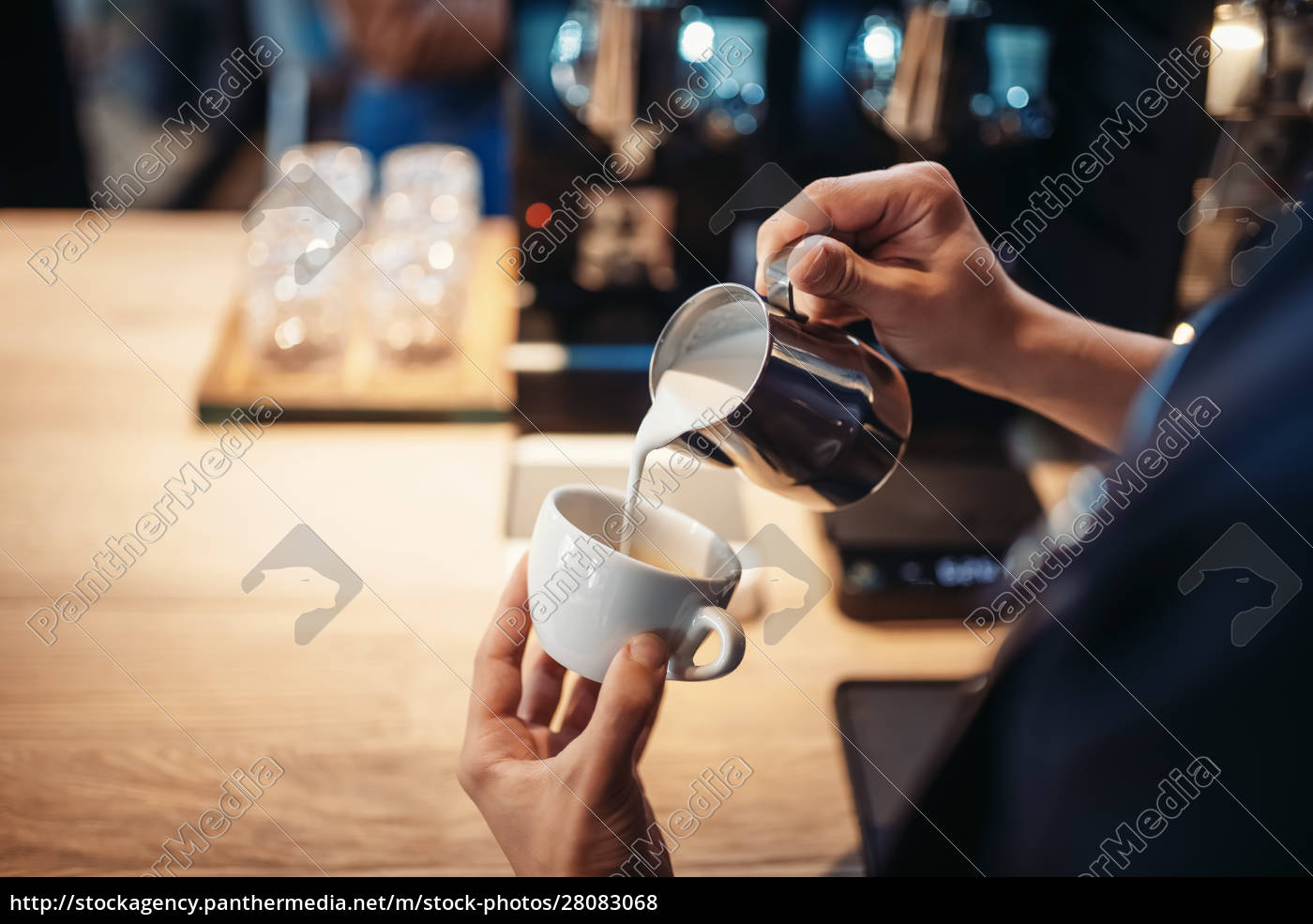 barista, hand, pours, cream, into, the - 28083068