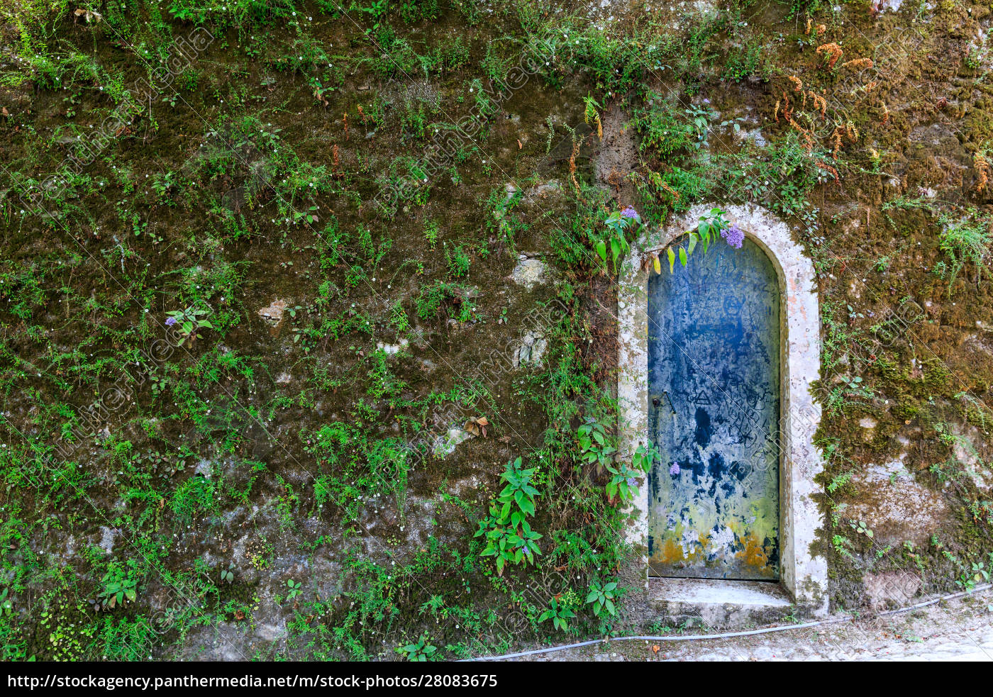 doorway, in, antcient, tower - 28083675