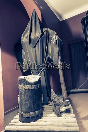 execution, axe, , museum, in, prague, , czech - 28083004