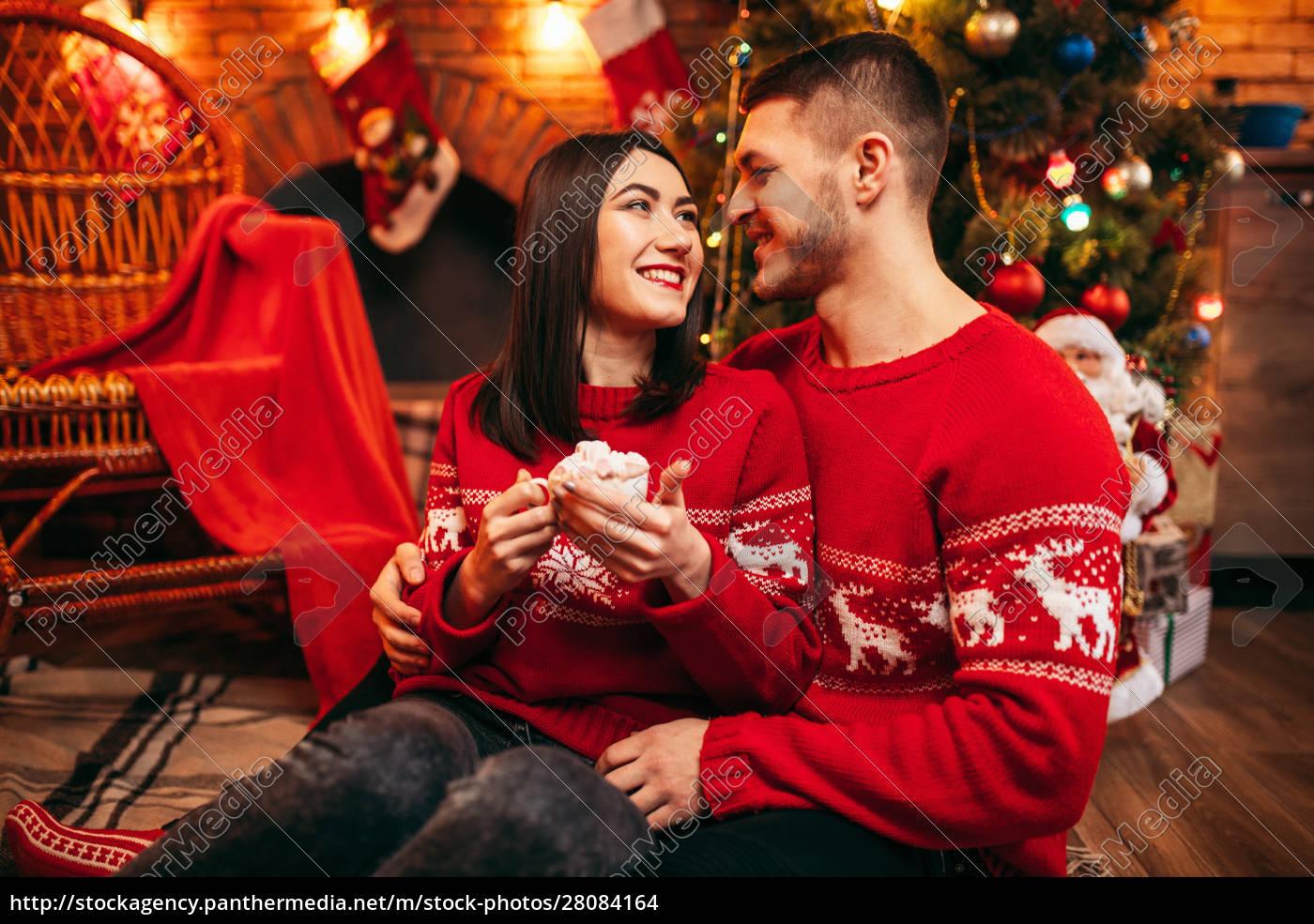 love, couple, , romantic, christmas, celebration - 28084164