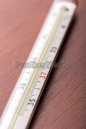 thermometer, on, the, table - 28084004