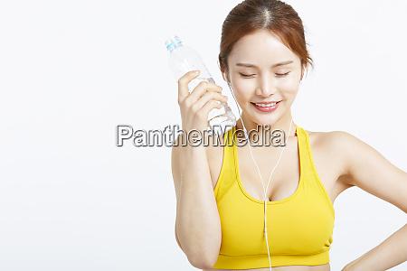 women sportswear hydration
