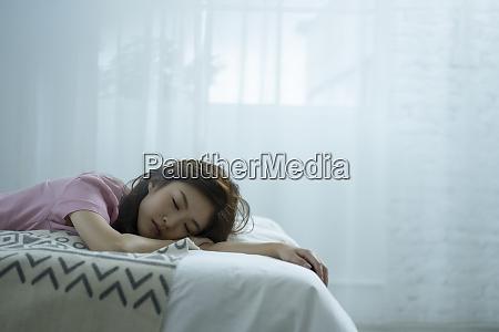 woman lifestyle sleep