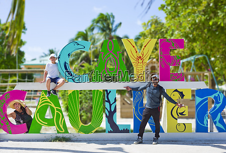tourists at the colourful caye caulker