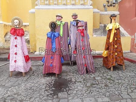 guatemala antigua dolls dressed in traditional