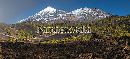peaks of teide and pico viejo