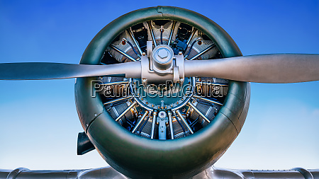 close up of an propeller of
