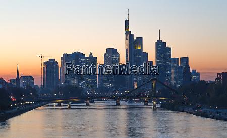 frankfurt am main skyline at sunset