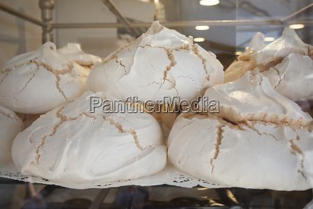 portugese suspiros pastries