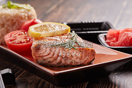 grilled, salmon, with, rice - 28174947