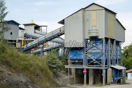 quarry with modern crushing and screening