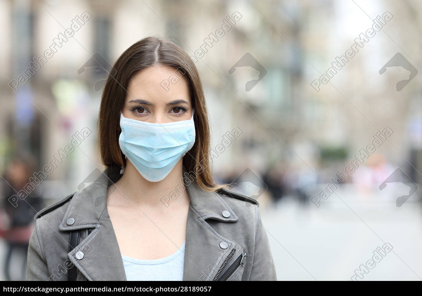 woman, with, protective, mask, looking, at - 28189057