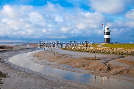 lighthouse with low tide