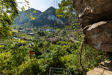 the hospital cave of cat ba