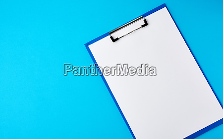 blue holder with clean white sheets
