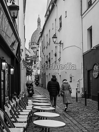 city street view in montmartre
