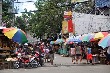 street scene in cebu city on
