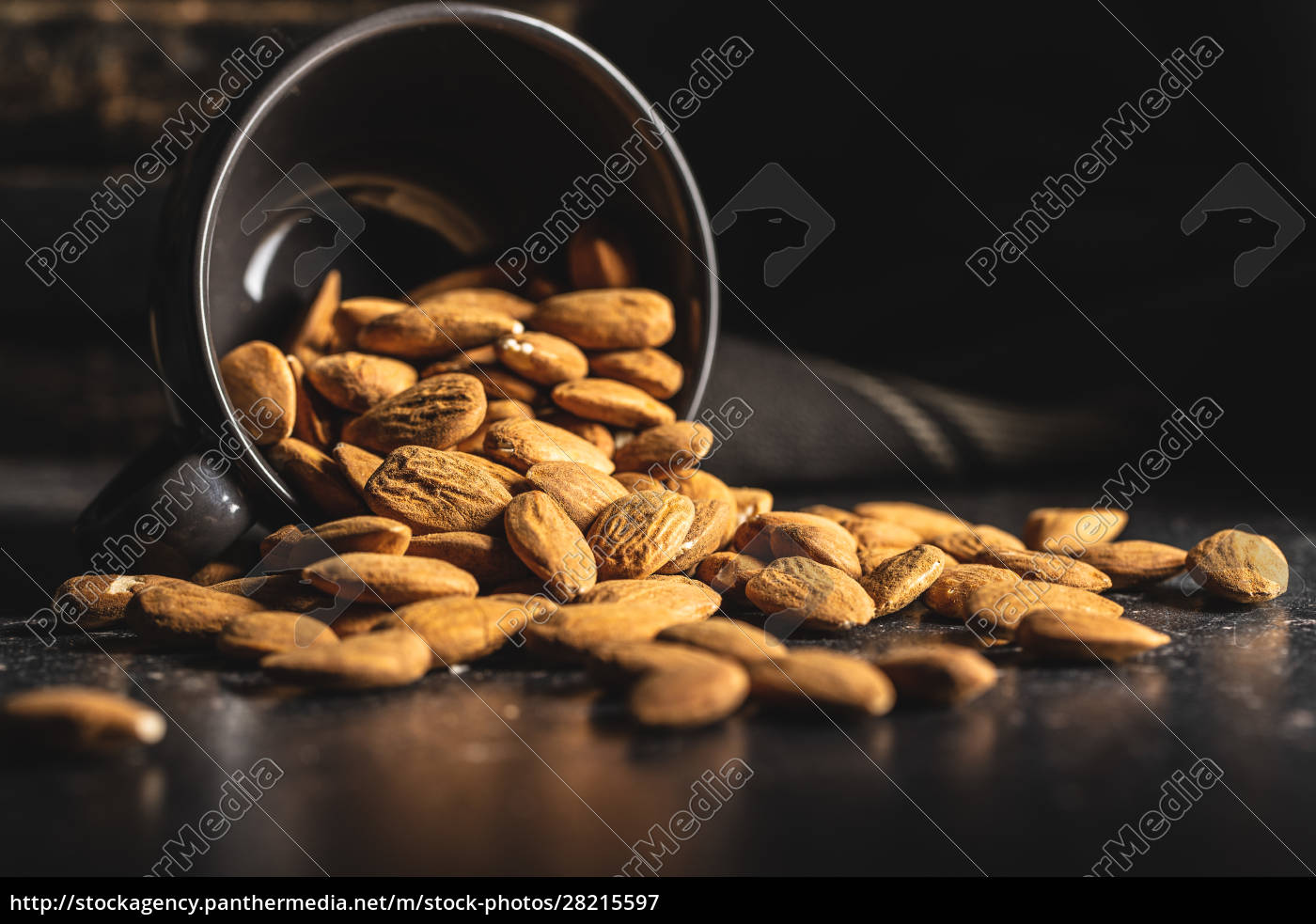 dried, almond, nuts. - 28215597