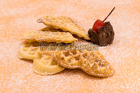 triangle, of, homemade, waffles, with, powdered - 28215658