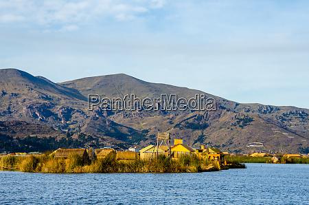 uros, floating, island, settlement, , lake, titicaca - 28216572