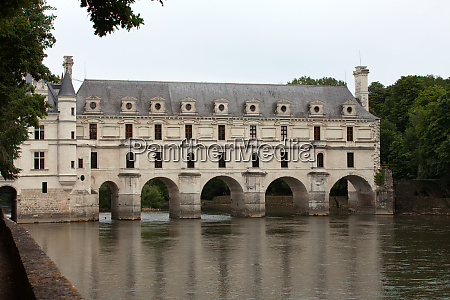castle of chenonceau known as