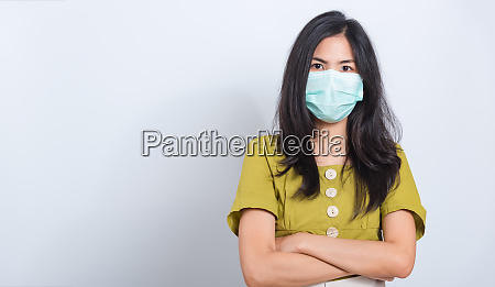 woman wearing face mask protects filter