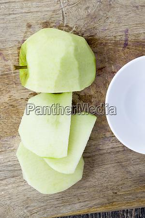 cut peeled green apple