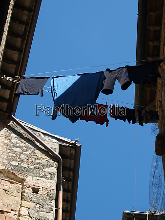 volterra everyday life in the medieval