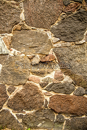 wall with granit stones
