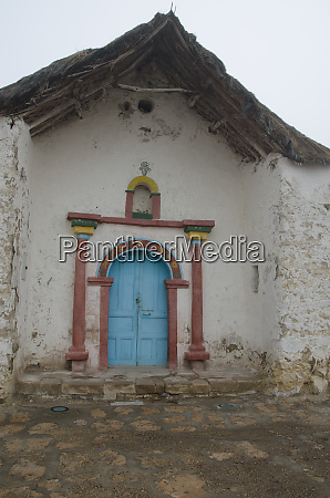 facade of the parinacota church in