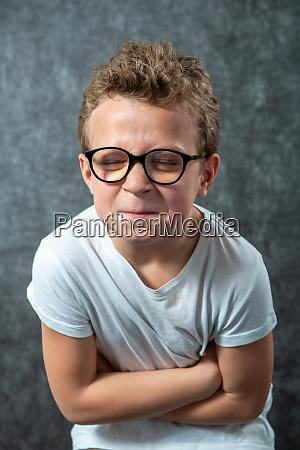 child, has, a, stomach, ache - 28257529